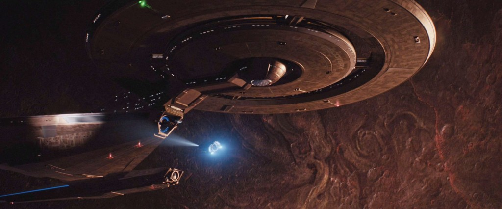 STDP 034 - Star Trek Discovery S2E9 (01:54) - Cornwell's shuttle approaches the USS Discovery.