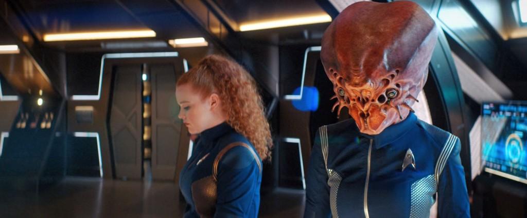 STDP 034 - Star Trek Discovery S2E9 (07:47) - Tilly & colleague.