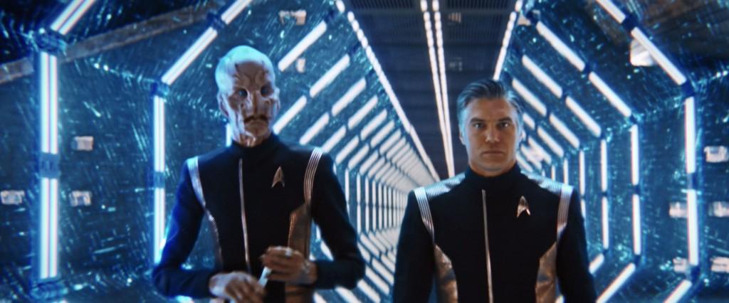 STDP 038 - Star Trek Discovery S2E13 (06:58) - Pike & Saru walking through one of the evacuation corridors.