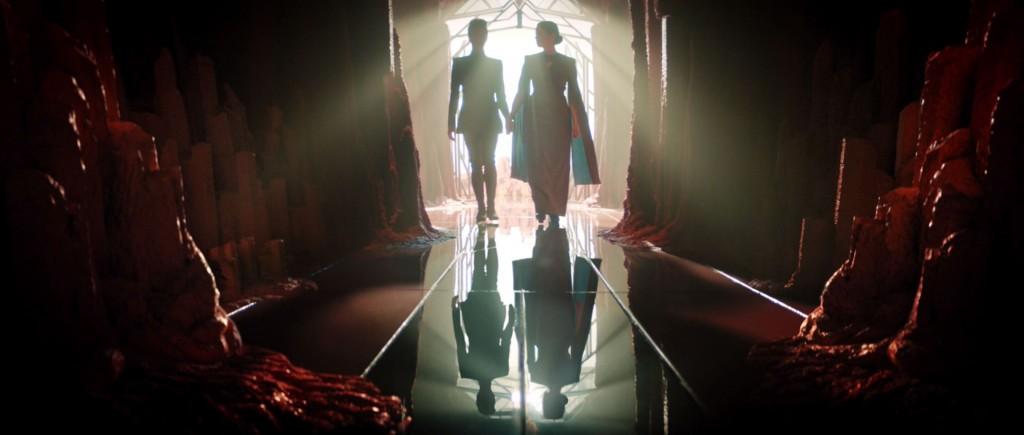 STDP 032 - Star Trek: Discovery S2E7 (13:47) - Michael & Amanda entering the crypt.