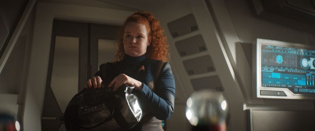 STDP 038 - Star Trek Discovery S2E13 (02:43) - Tilly deciding what to take.
