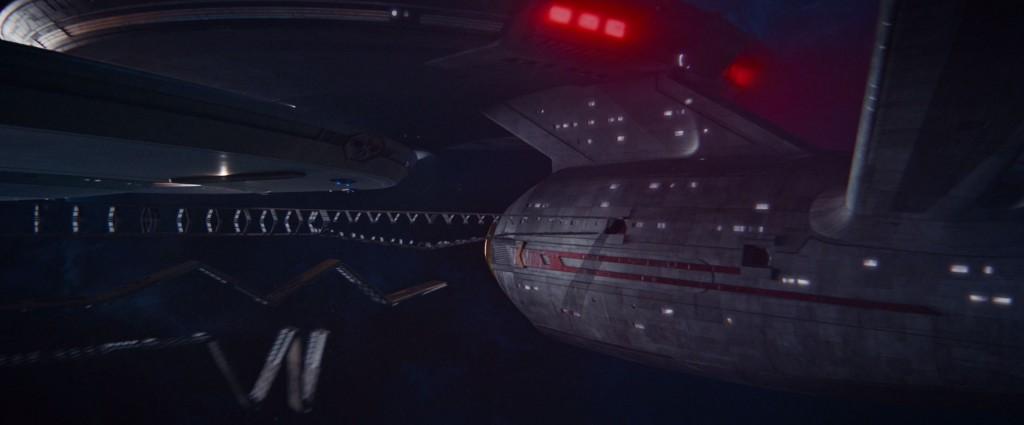 STDP 038 - Star Trek Discovery S2E13 (03:41) - Evacuation corridors deploying.