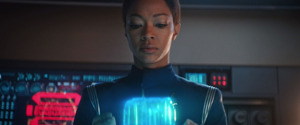STDP 038 - Star Trek Discovery S2E13 (06:20) - Michael touches the time crystal.