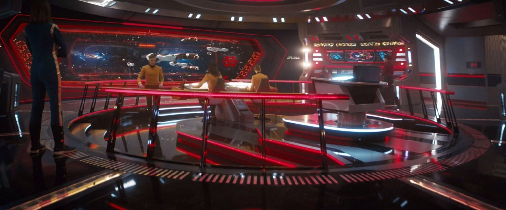 STDP 040 - Star Trek Discovery S2E14 Such Sweet Sorrow, Part 2 (03:49) - Bridge view on the attacking shuttles and pods.